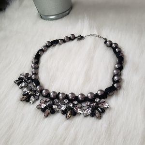 LOFT Chunky Pearl Gem Necklace